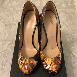Giuseppe Zanotti Abstract Print High Heels